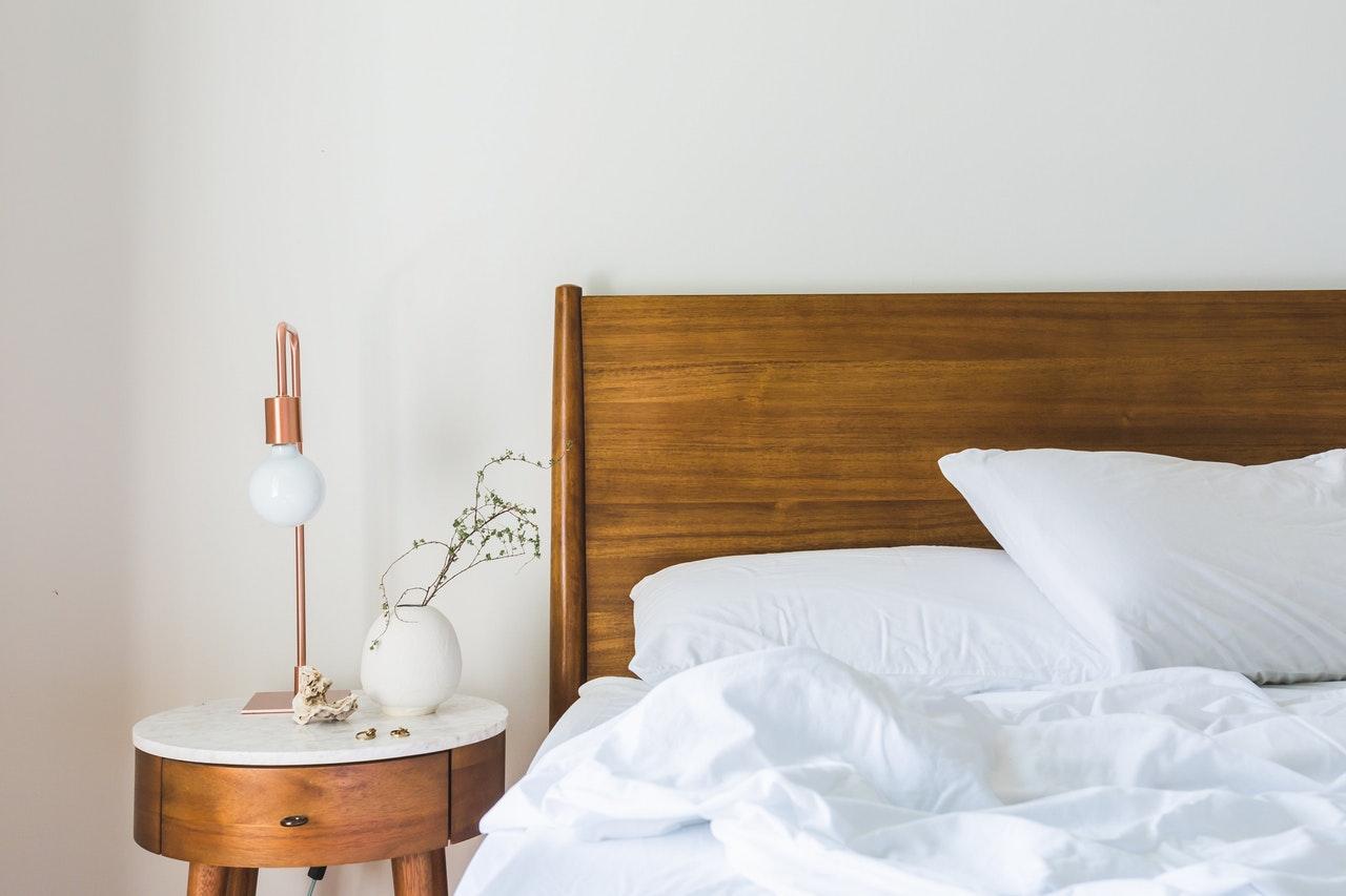 Na co zwrócić uwagę, wybierając łóżko do sypialni?